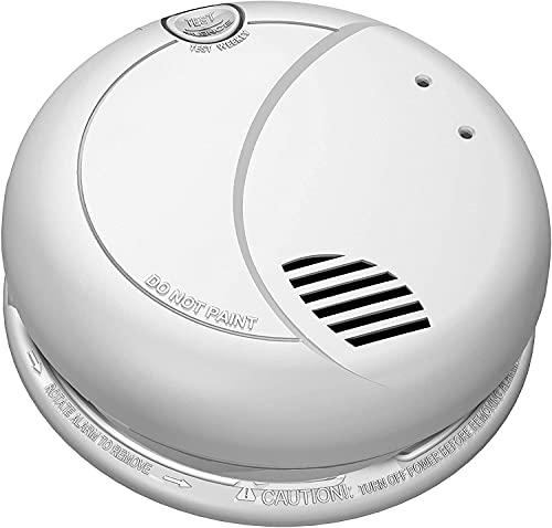 SecureGuard 36-hours Battery Powered Smoke Detector WI-Fi Spy Camera